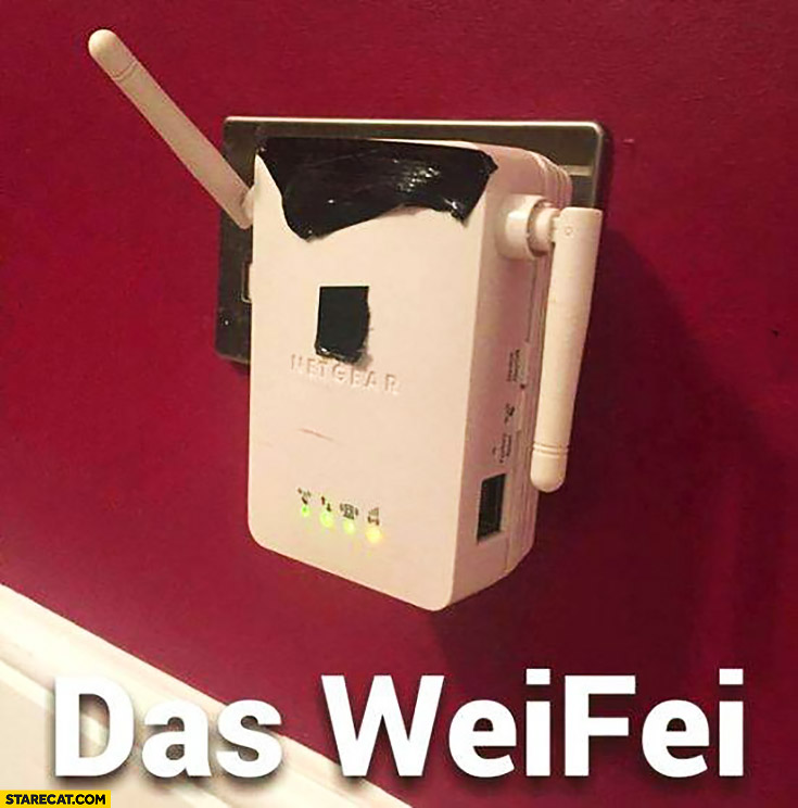 Das weifei WiFi rooter looking like adolf hitler