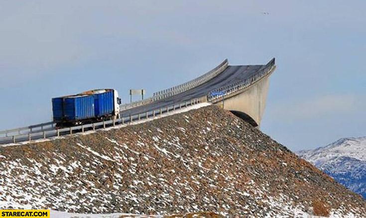 Drunk bridge Norway juggernaut