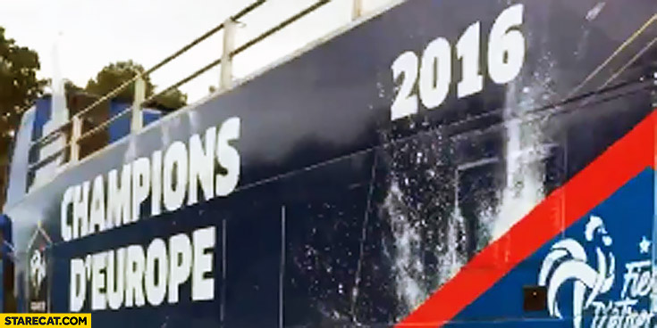 France bus Champions D'Europe of Europe Euro 2016 fail