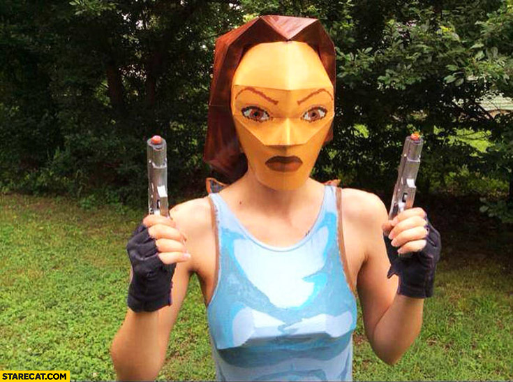 How Tomb Raider used to look like polygons mask cosplay