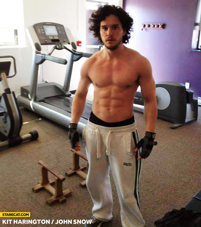 Kit Harington without a shirt John Snow