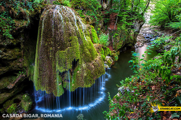 Magic fountain Casada Bigar Romania