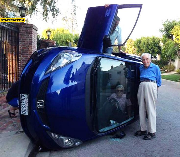 Old people Honda crash
