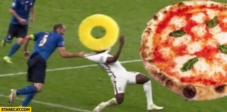 Pinapple on pizza Chiellini prevents it Saka euro 2020 meme