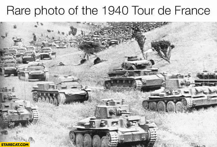 Rare photo of the 1940 Tour the France war tanks